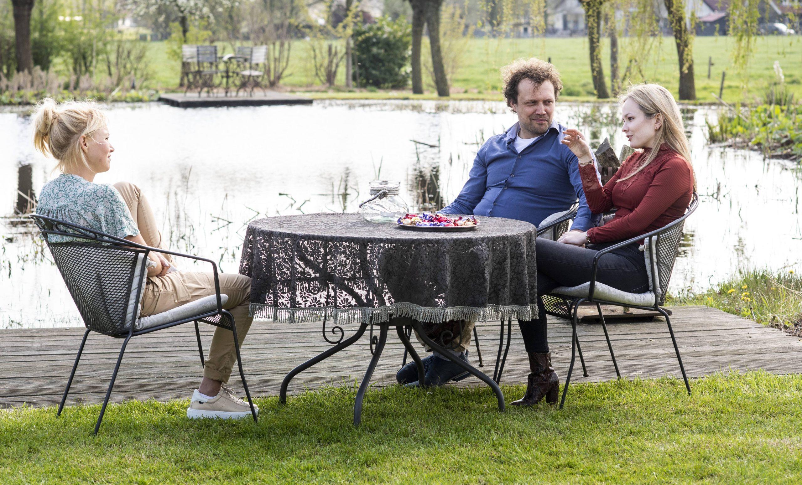 Boer zoekt Vrouw: Yvon Jaspers praat bij met alle boeren